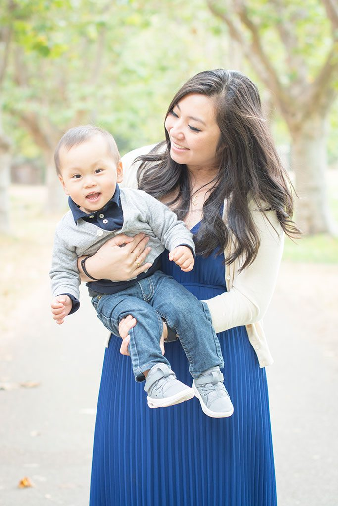 Photo session with Mom in Alameda by Oakland photographer Jackie Rutan.
